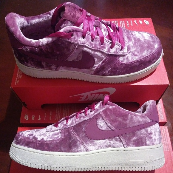 Nike Shoes - NEW Women's Size 8 Nike Air Force 1
